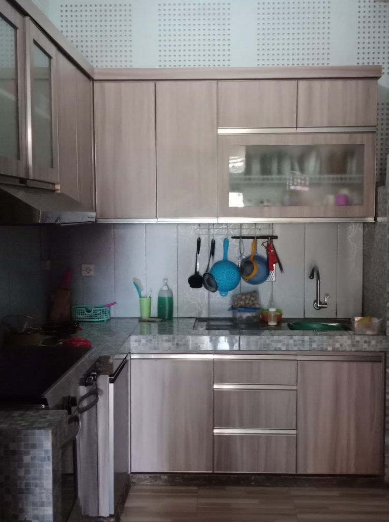 Kitchen Set Design
